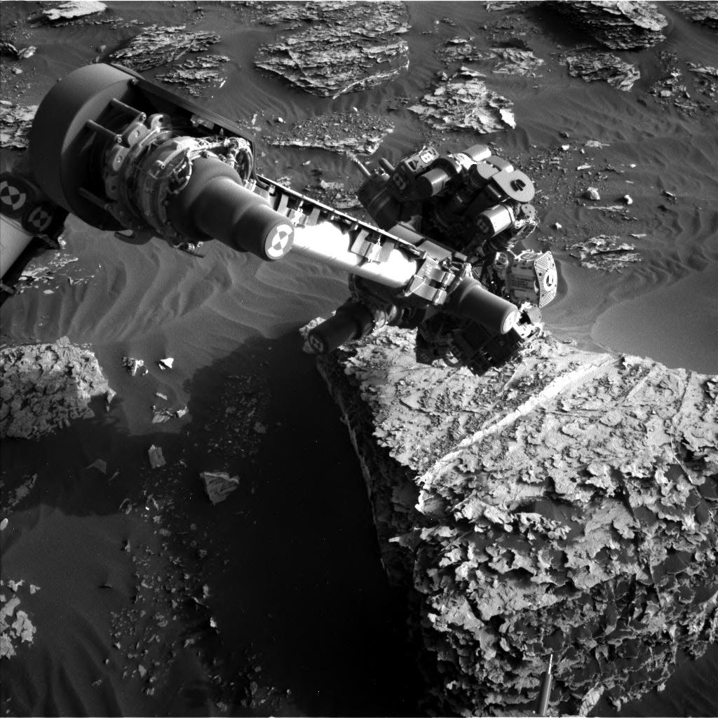 Nasa's Mars rover Curiosity acquired this image using its Left Navigation Camera on Sol 2055, at drive 1752, site number 70