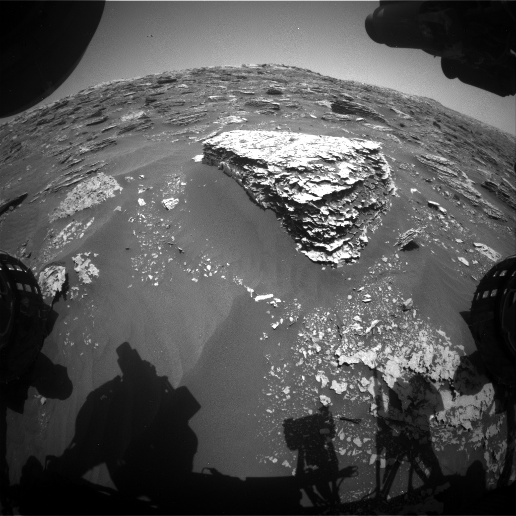 Nasa's Mars rover Curiosity acquired this image using its Front Hazard Avoidance Camera (Front Hazcam) on Sol 2067, at drive 1752, site number 70