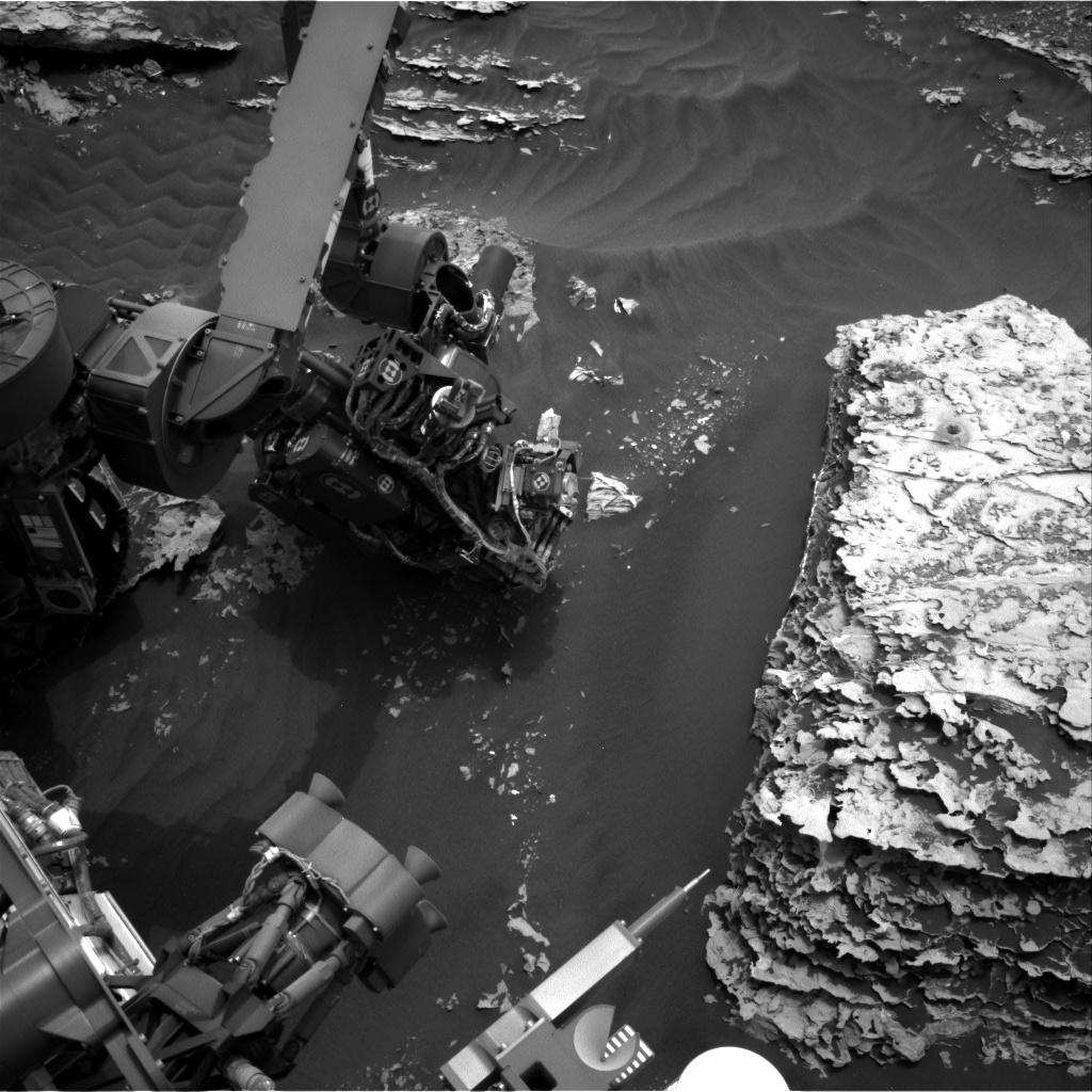 Nasa's Mars rover Curiosity acquired this image using its Right Navigation Camera on Sol 2081, at drive 1752, site number 70