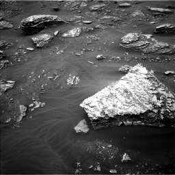 Nasa's Mars rover Curiosity acquired this image using its Left Navigation Camera on Sol 2087, at drive 60, site number 71