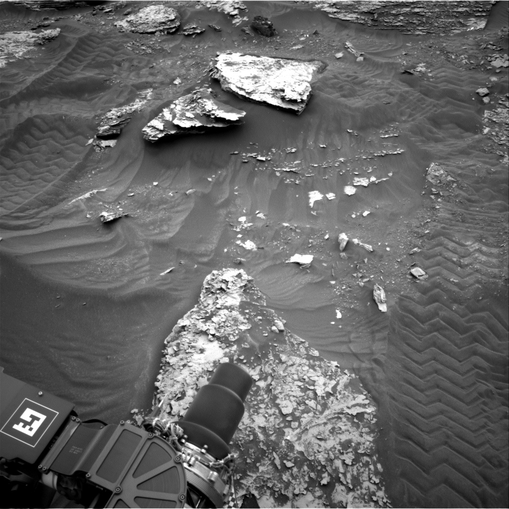 Nasa's Mars rover Curiosity acquired this image using its Right Navigation Camera on Sol 2087, at drive 66, site number 71