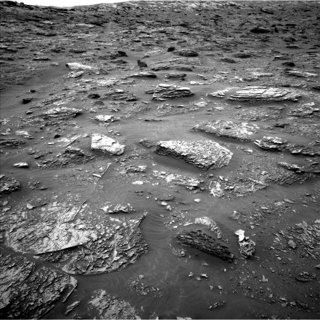 Nasa's Mars rover Curiosity acquired this image using its Left Navigation Camera on Sol 2089, at drive 144, site number 71