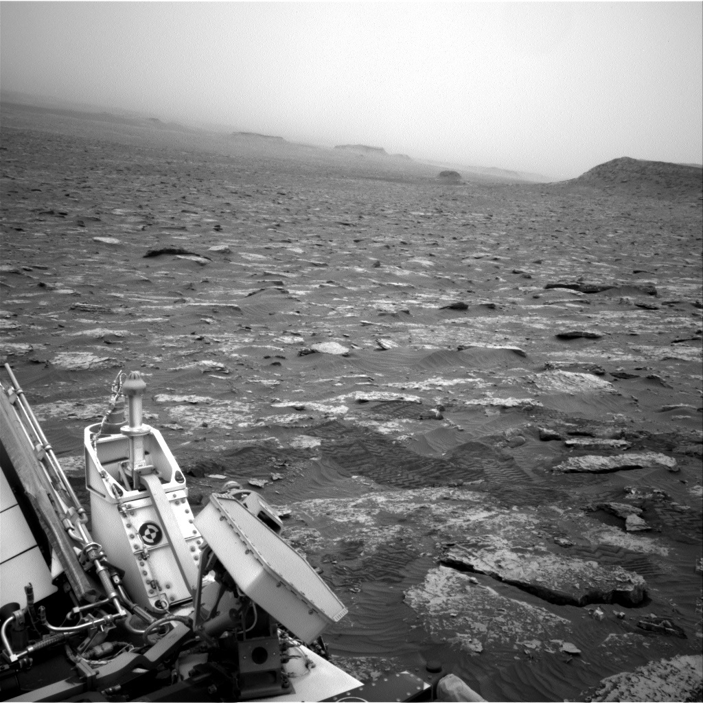 NASA's Mars rover Curiosity acquired this image using its Right Navigation Cameras (Navcams) on Sol 2089