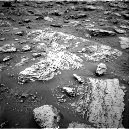 Nasa's Mars rover Curiosity acquired this image using its Right Navigation Camera on Sol 2092, at drive 480, site number 71