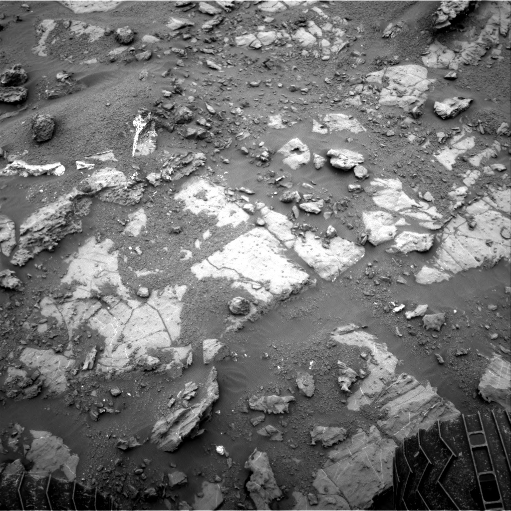 Nasa's Mars rover Curiosity acquired this image using its Right Navigation Camera on Sol 2096, at drive 1330, site number 71