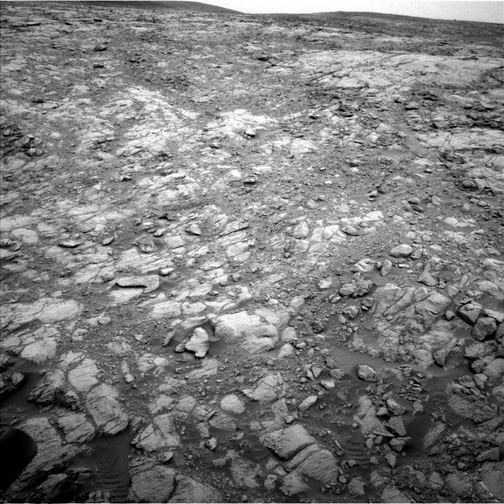 Nasa's Mars rover Curiosity acquired this image using its Left Navigation Camera on Sol 2098, at drive 1516, site number 71