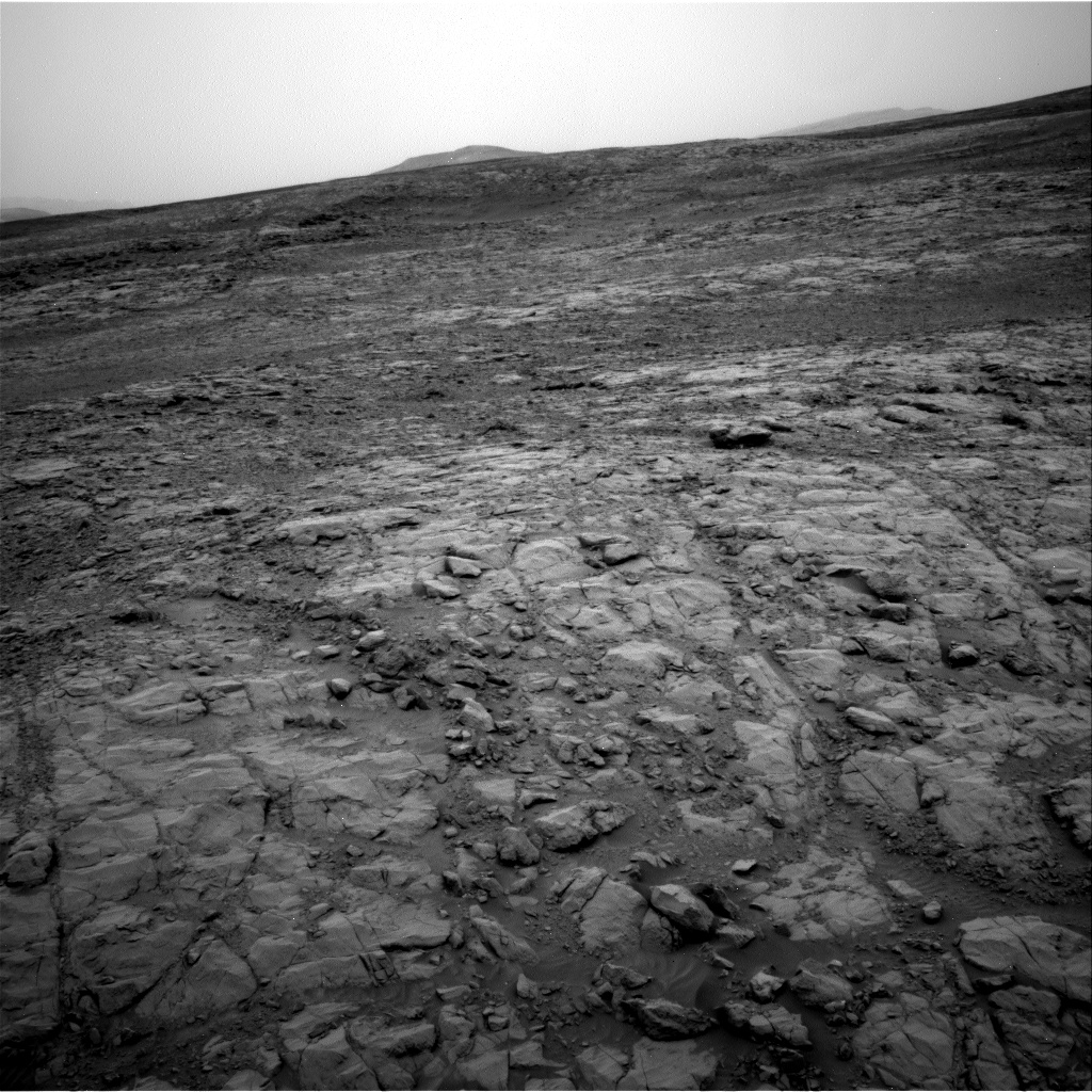 Nasa's Mars rover Curiosity acquired this image using its Right Navigation Camera on Sol 2098, at drive 1586, site number 71