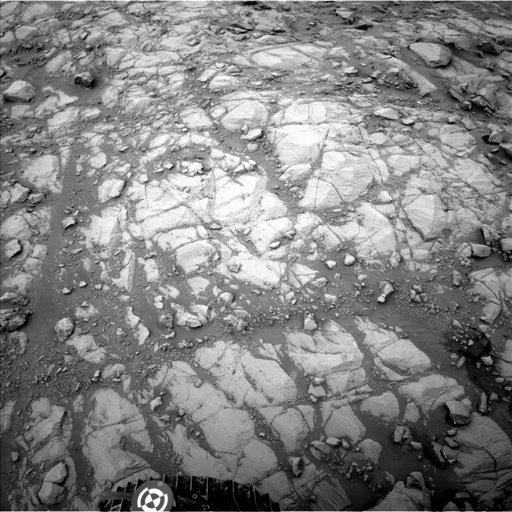 Nasa's Mars rover Curiosity acquired this image using its Left Navigation Camera on Sol 2099, at drive 1586, site number 71