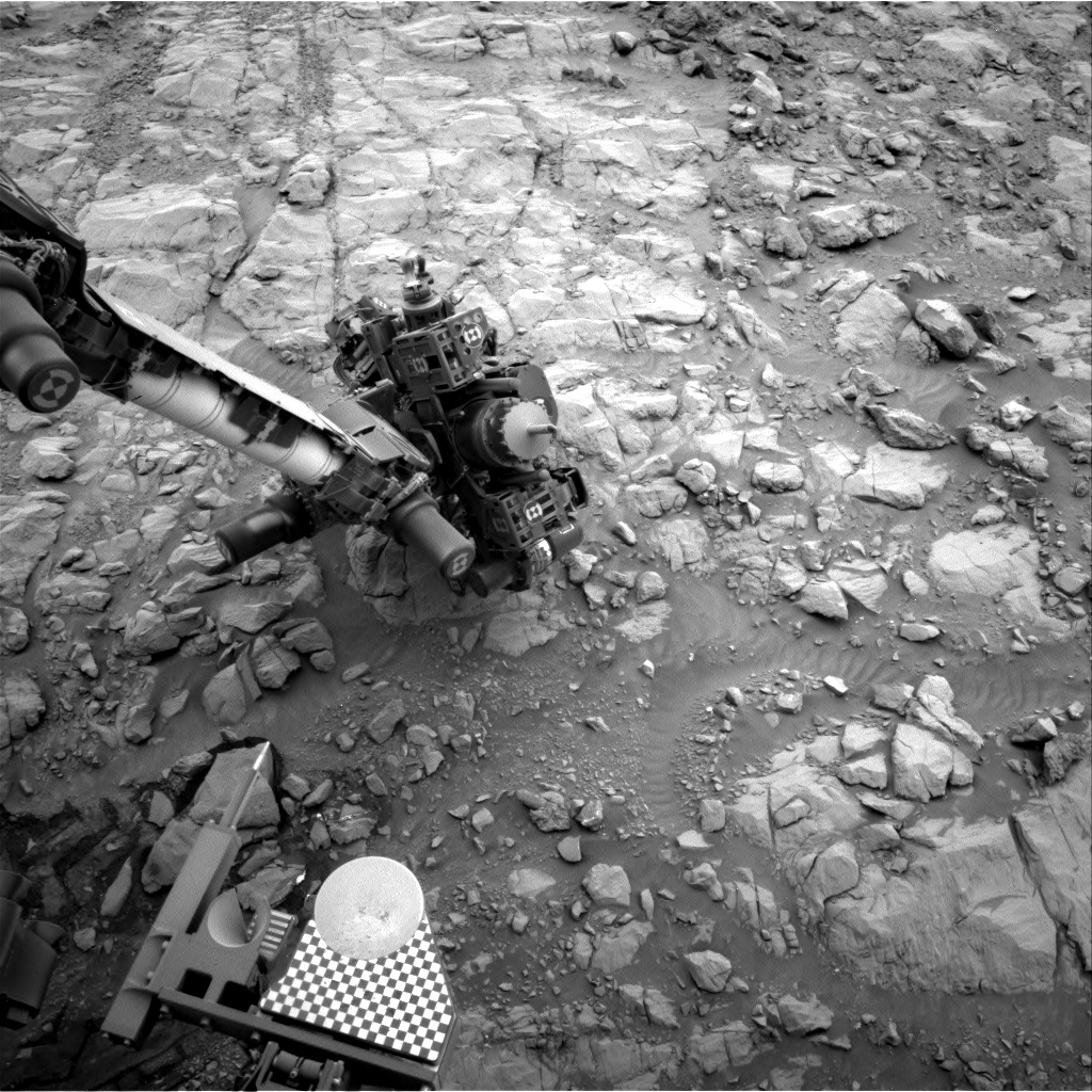 Nasa's Mars rover Curiosity acquired this image using its Right Navigation Camera on Sol 2100, at drive 1586, site number 71