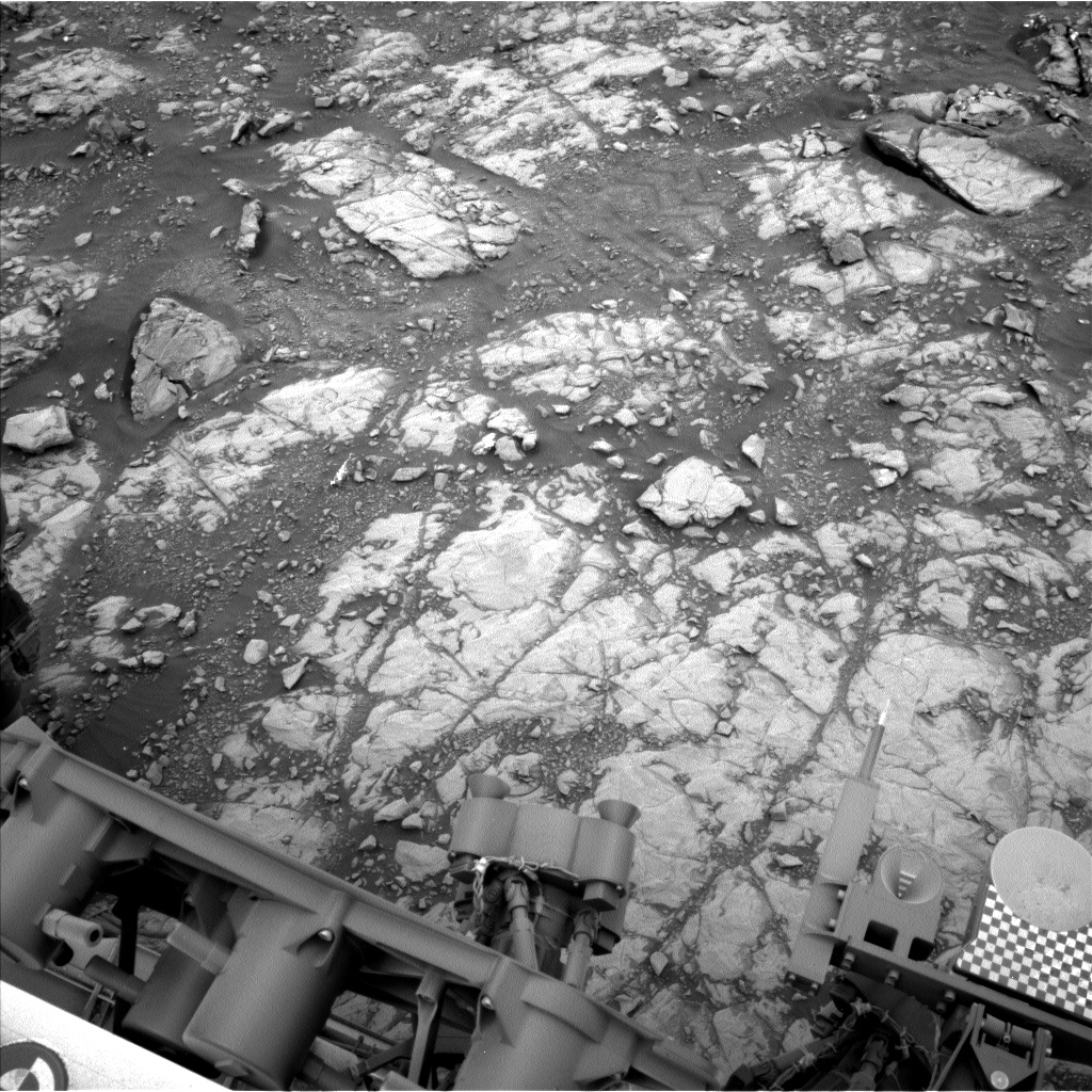 Nasa's Mars rover Curiosity acquired this image using its Left Navigation Camera on Sol 2109, at drive 2876, site number 71