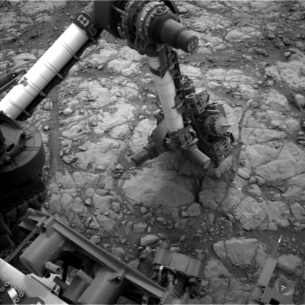 Nasa's Mars rover Curiosity acquired this image using its Left Navigation Camera on Sol 2127, at drive 920, site number 72