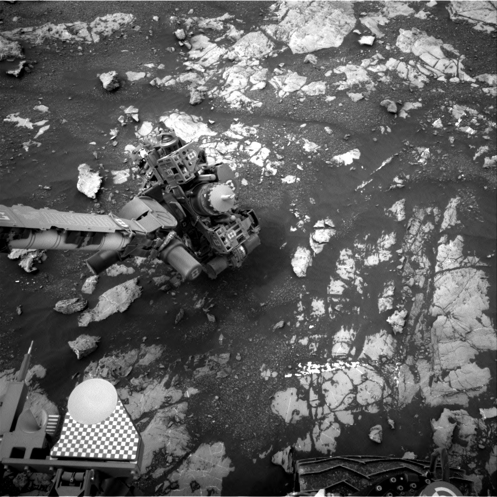 Nasa's Mars rover Curiosity acquired this image using its Right Navigation Camera on Sol 2131, at drive 1286, site number 72