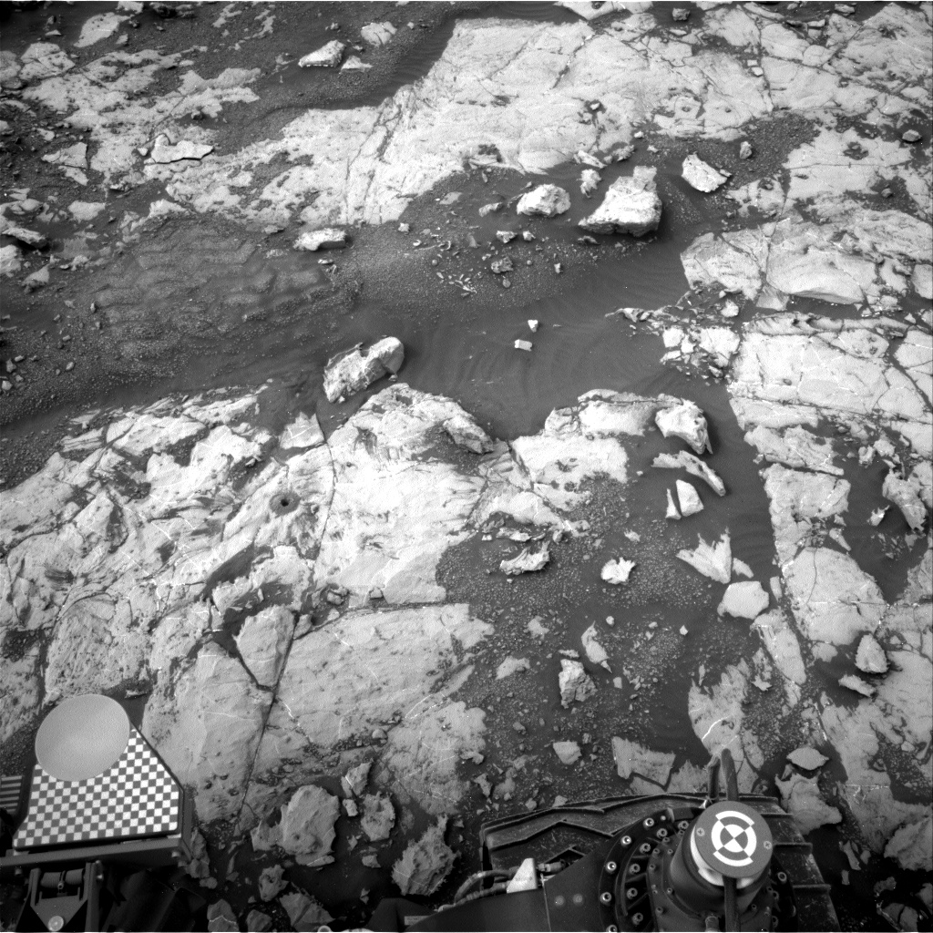 Nasa's Mars rover Curiosity acquired this image using its Right Navigation Camera on Sol 2136, at drive 1316, site number 72