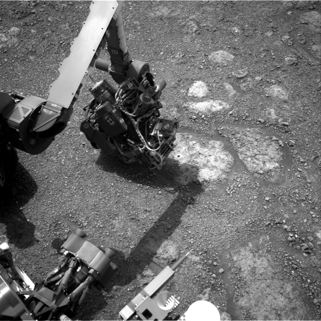 NASA's Mars rover Curiosity acquired this image using its Right Navigation Cameras (Navcams) on Sol 2289