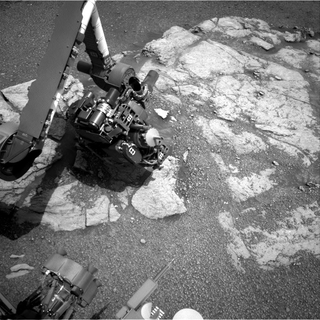 MARS: CURIOSITY u krateru  GALE Vol II. - Page 31 NRA_603445615EDR_F0740210NCAM00207M_-br2