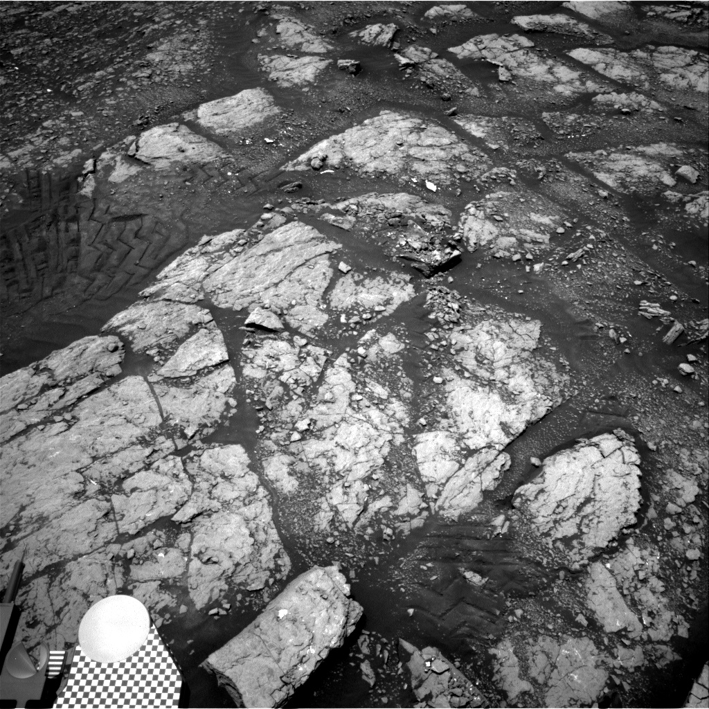Nasa's Mars rover Curiosity acquired this image using its Right Navigation Camera on Sol 2346, at drive 762, site number 74