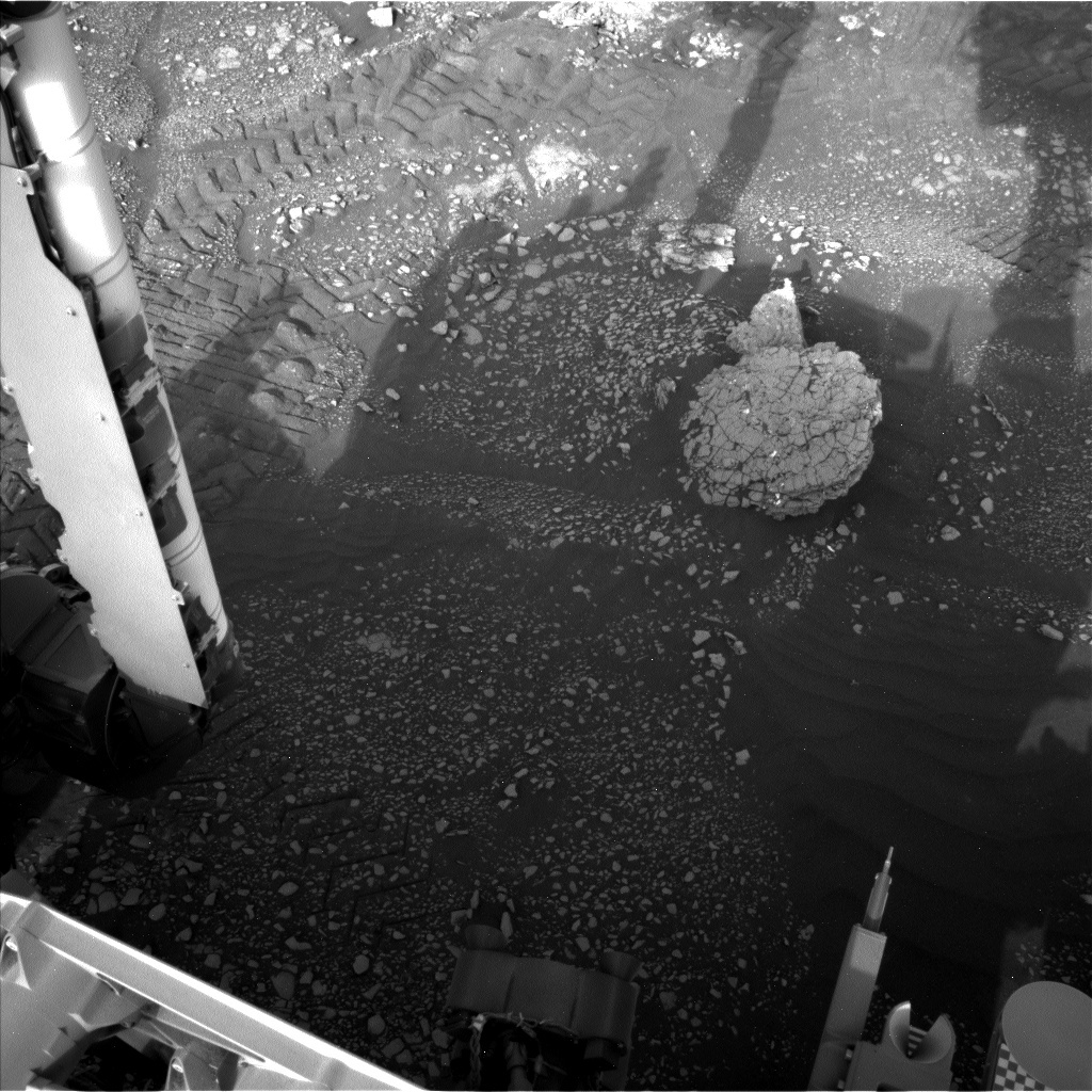 NASA's Mars rover Curiosity acquired this image using its Left Navigation Camera (Navcams) on Sol 2350