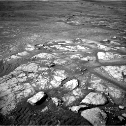 Nasa's Mars rover Curiosity acquired this image using its Right Navigation Camera on Sol 2350, at drive 24, site number 75