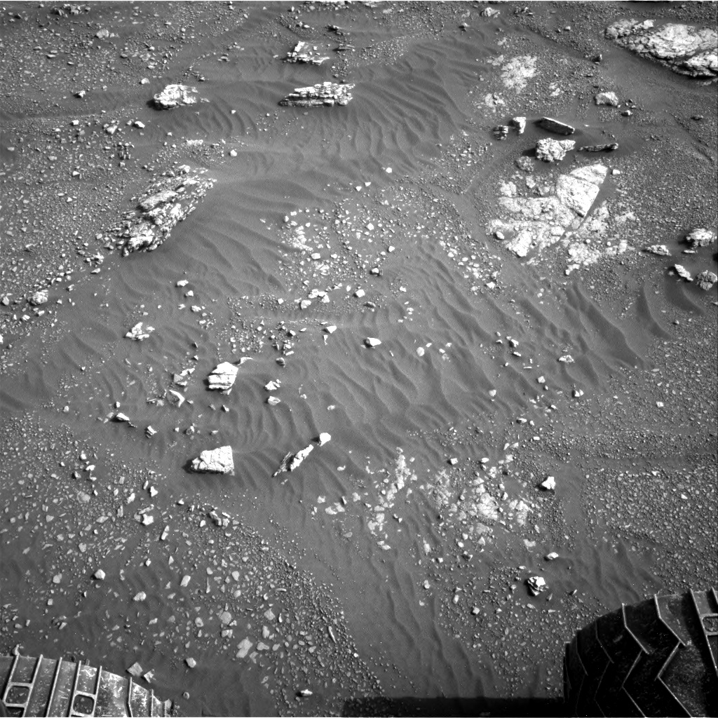 Nasa's Mars rover Curiosity acquired this image using its Right Navigation Camera on Sol 2350, at drive 60, site number 75