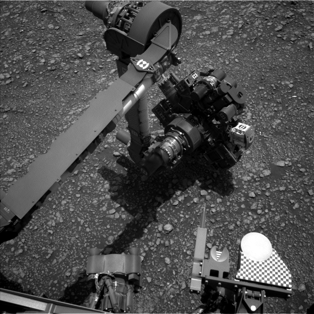 Nasa's Mars rover Curiosity acquired this image using its Left Navigation Camera on Sol 2354, at drive 264, site number 75