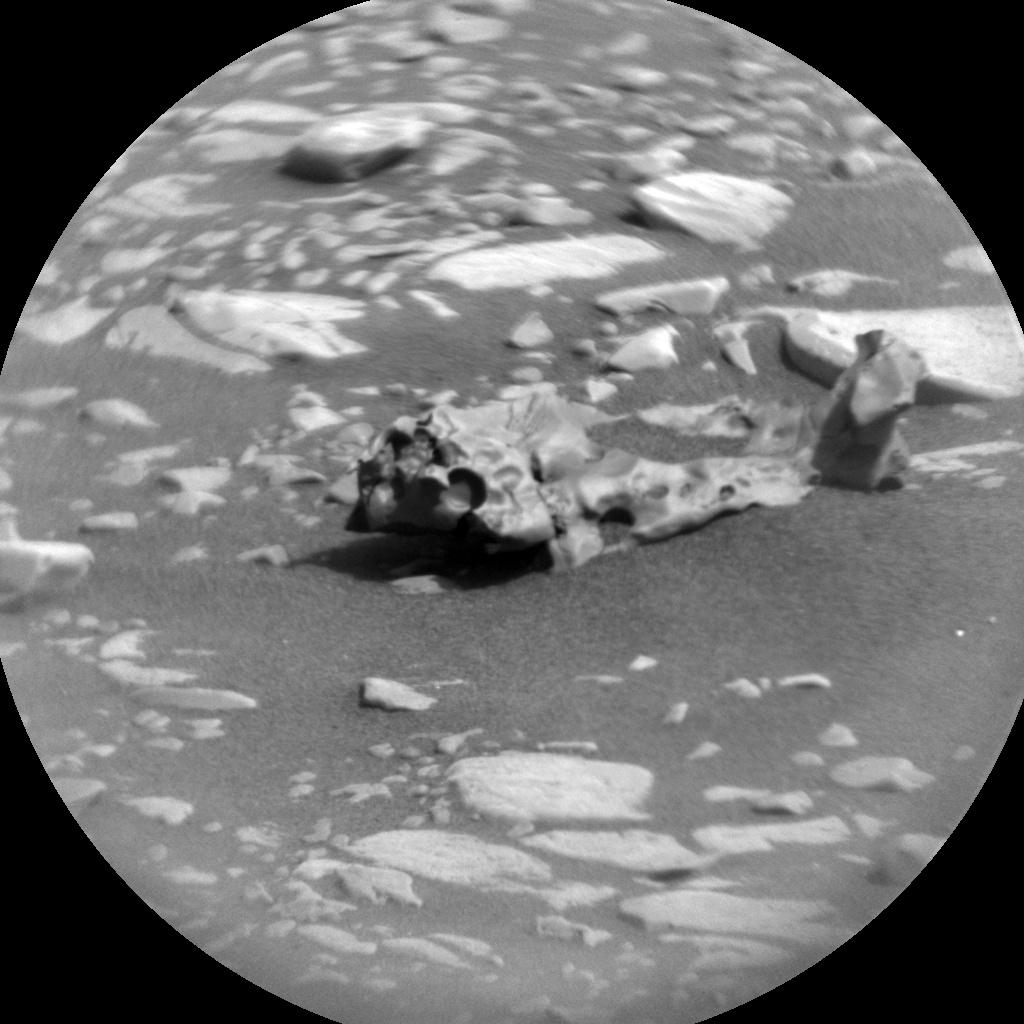 MARS: CURIOSITY u krateru  GALE Vol II. - Page 36 CR0_608430428PRC_F0751386CCAM05376L1-br2
