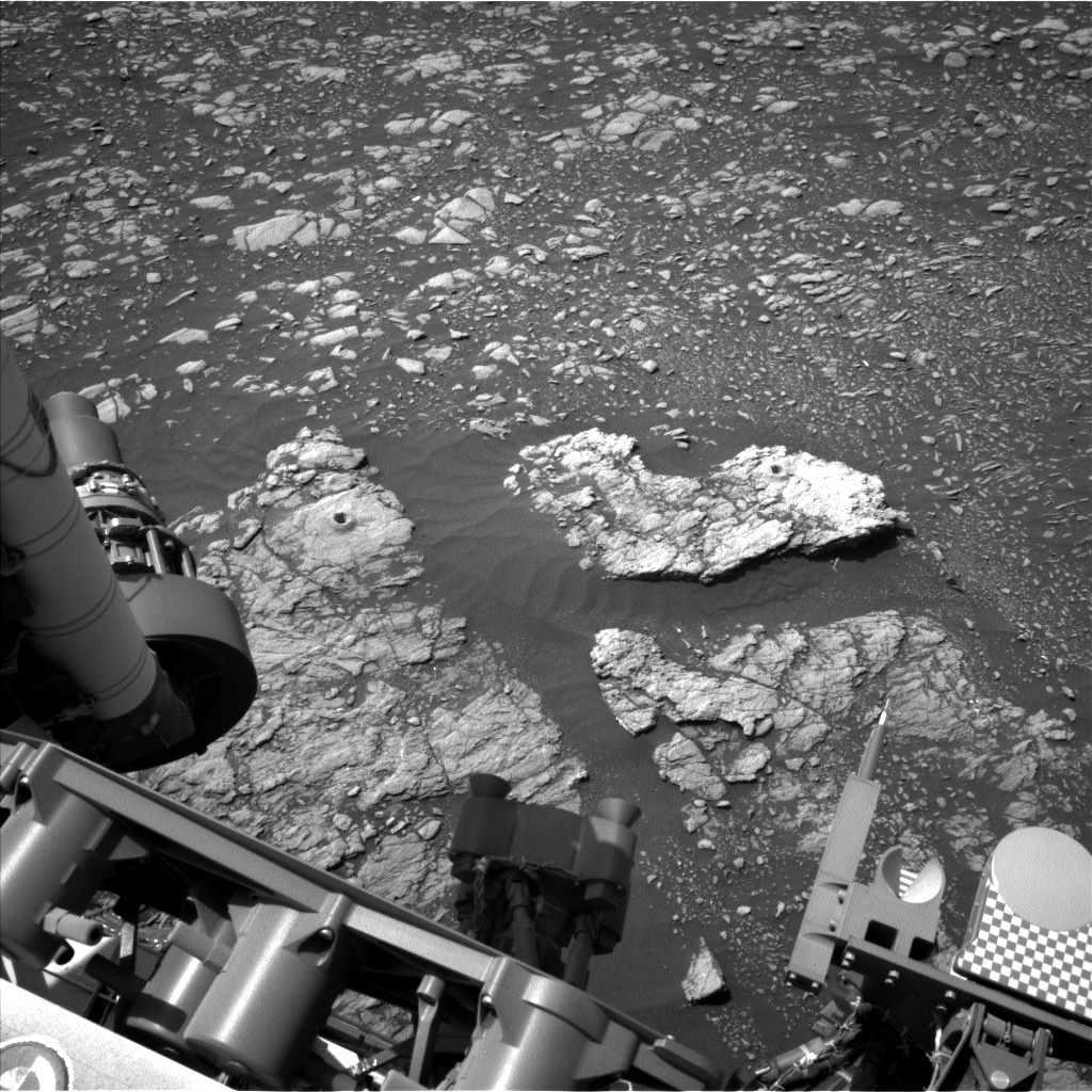 Nasa's Mars rover Curiosity acquired this image using its Left Navigation Camera on Sol 2401, at drive 1398, site number 75