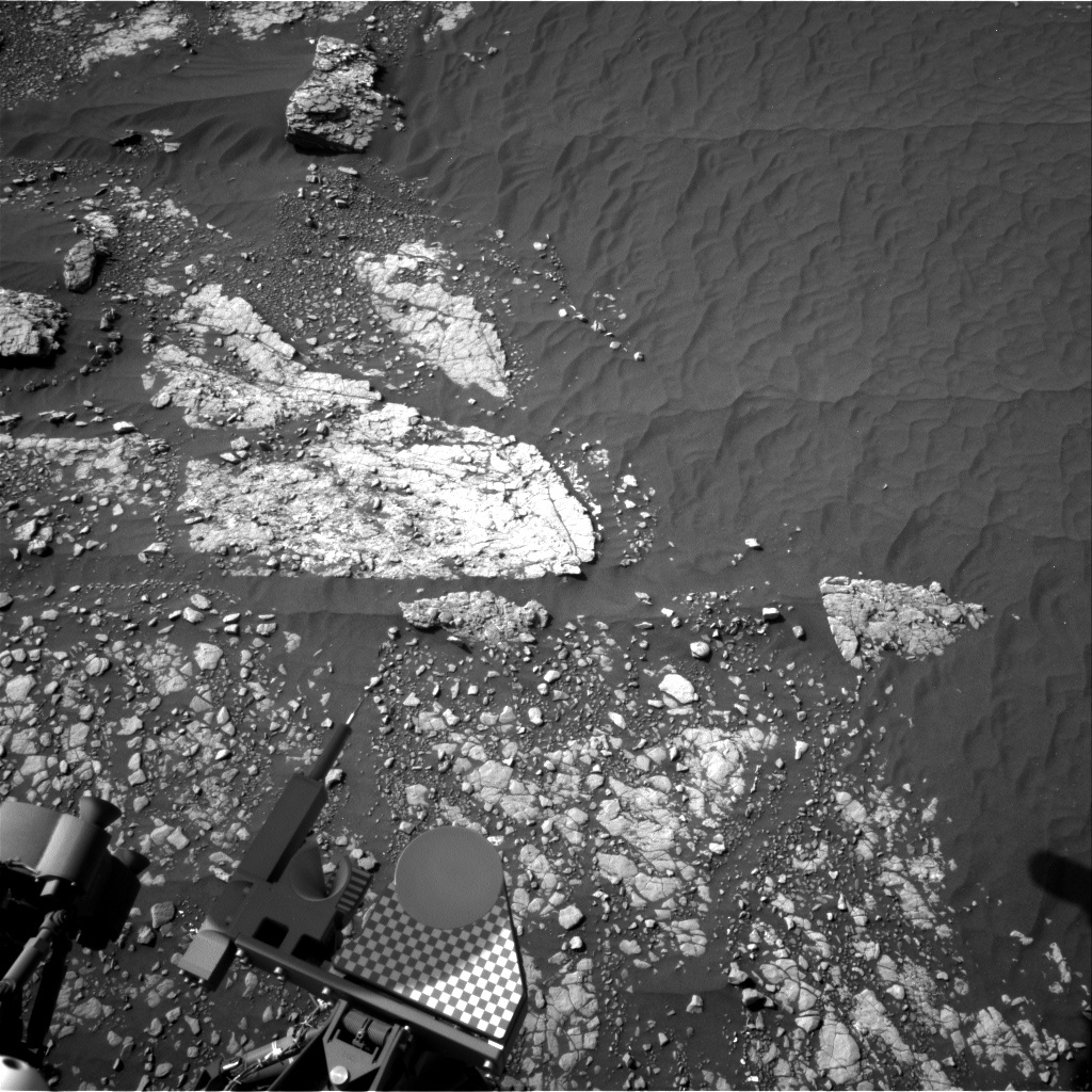 NASA's Mars rover Curiosity acquired this image using its Right Navigation Cameras (Navcams) on Sol 2414