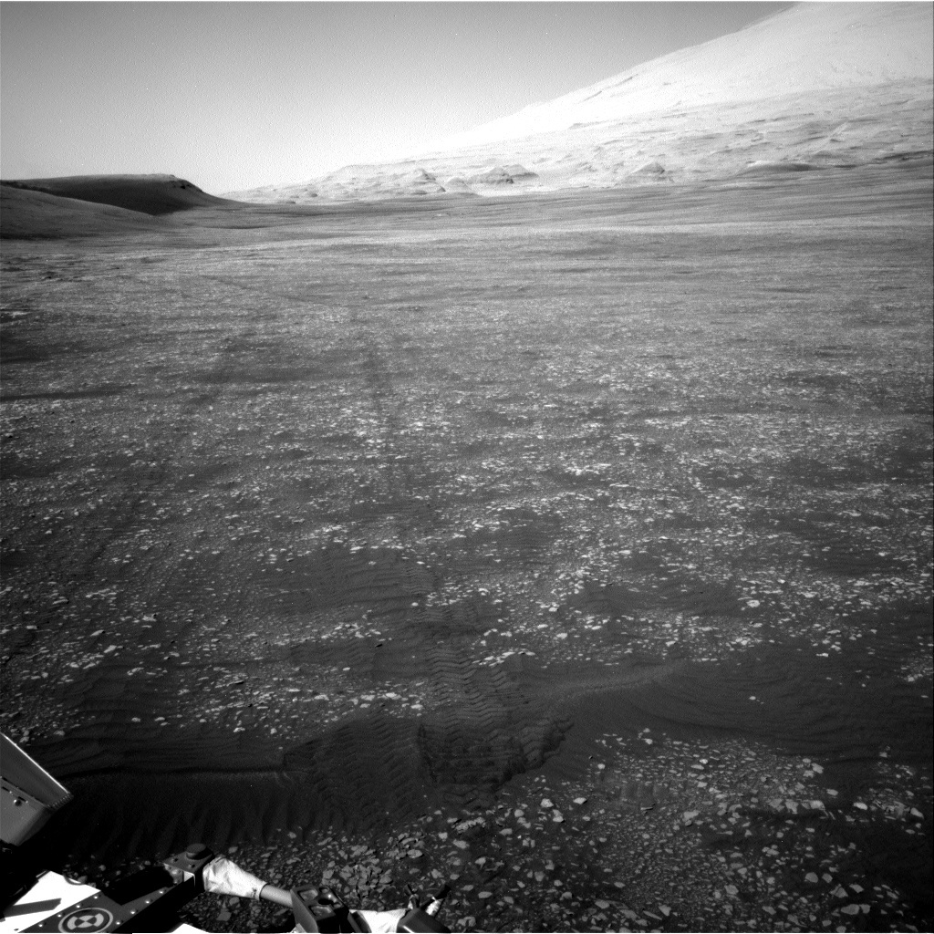 NASA's Mars rover Curiosity acquired this image using its Right Navigation Cameras (Navcams) on Sol 2416