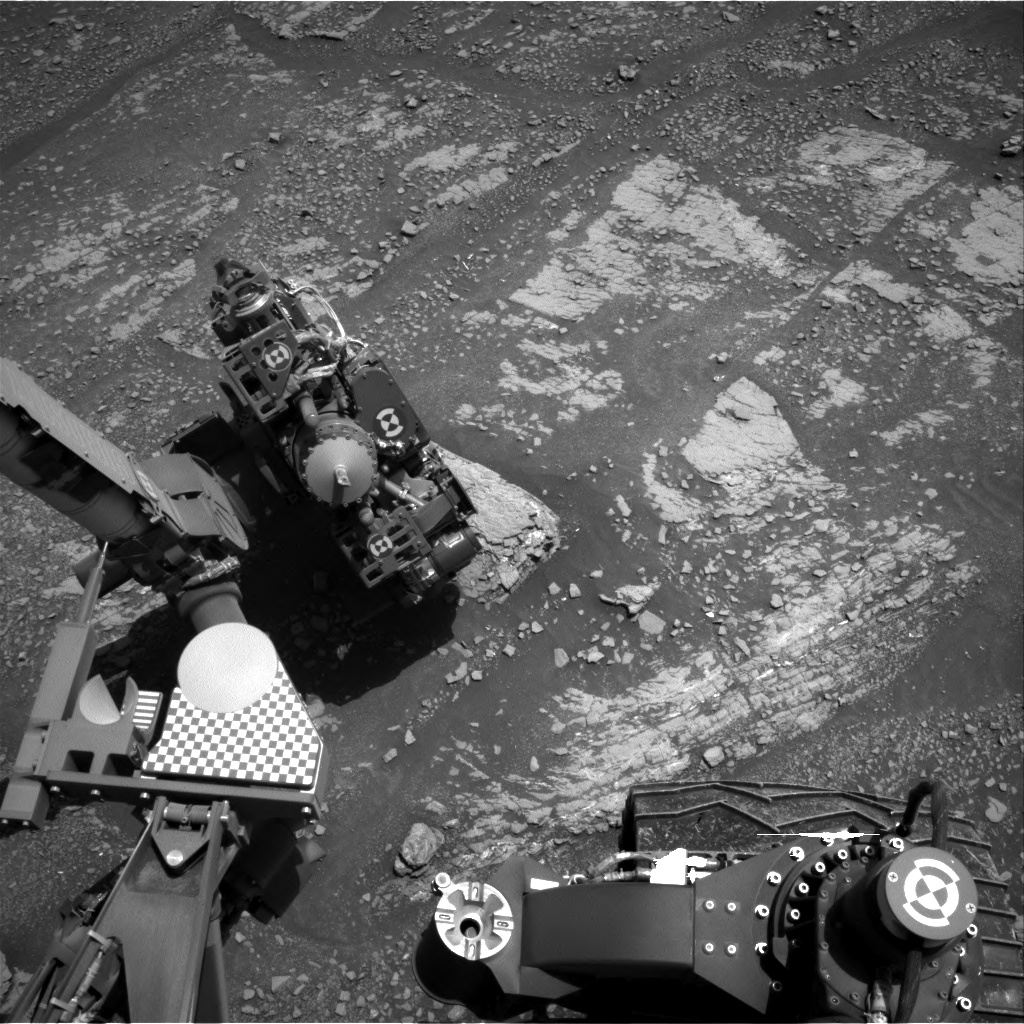 Nasa's Mars rover Curiosity acquired this image using its Right Navigation Camera on Sol 2422, at drive 2770, site number 75