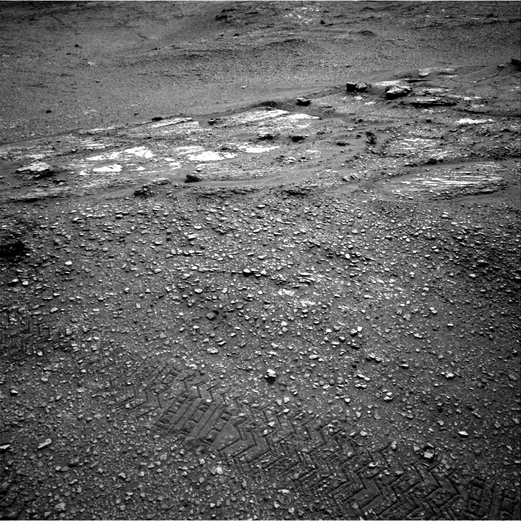 Nasa's Mars rover Curiosity acquired this image using its Right Navigation Camera on Sol 2422, at drive 2836, site number 75