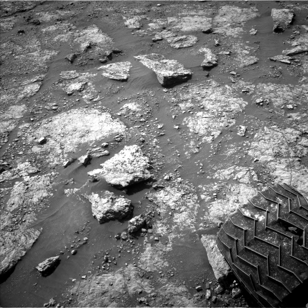Nasa's Mars rover Curiosity acquired this image using its Left Navigation Camera on Sol 2453, at drive 1576, site number 76