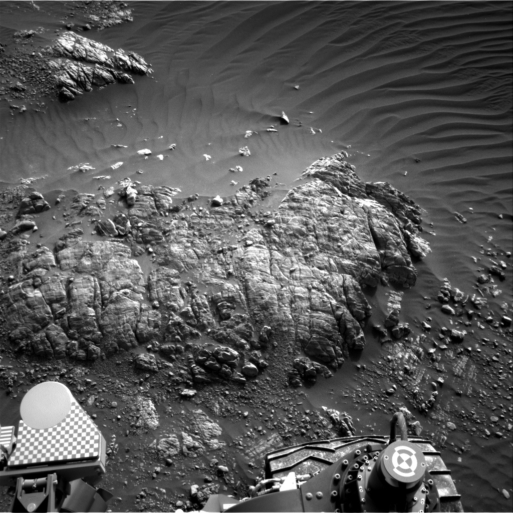 Nasa's Mars rover Curiosity acquired this image using its Right Navigation Camera on Sol 2470, at drive 2194, site number 76