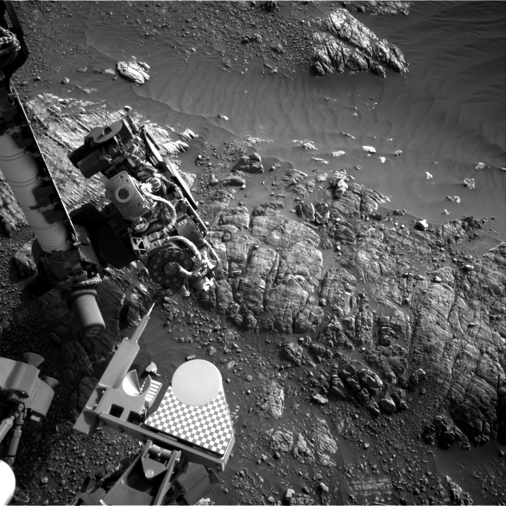 Nasa's Mars rover Curiosity acquired this image using its Right Navigation Camera on Sol 2472, at drive 2194, site number 76