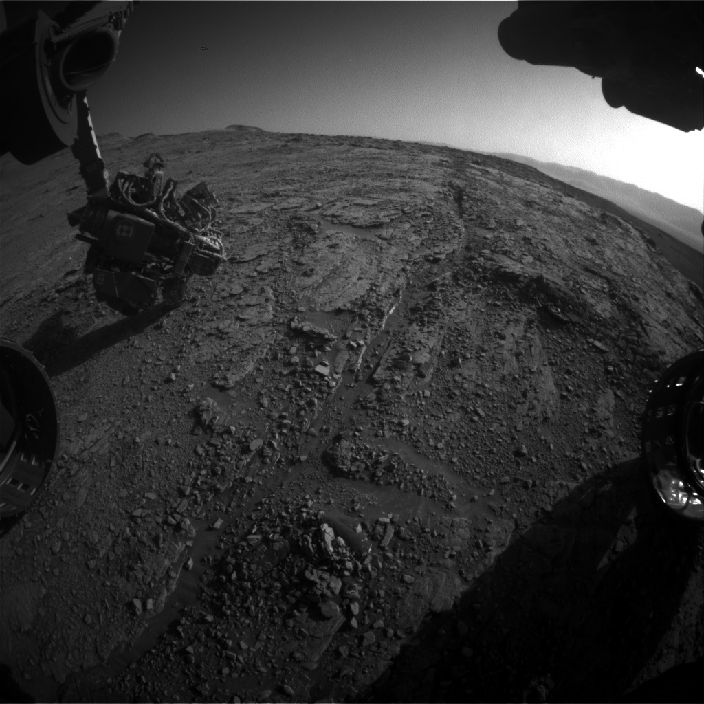 Nasa's Mars rover Curiosity acquired this image using its Front Hazard Avoidance Camera (Front Hazcam) on Sol 2550, at drive 3002, site number 76