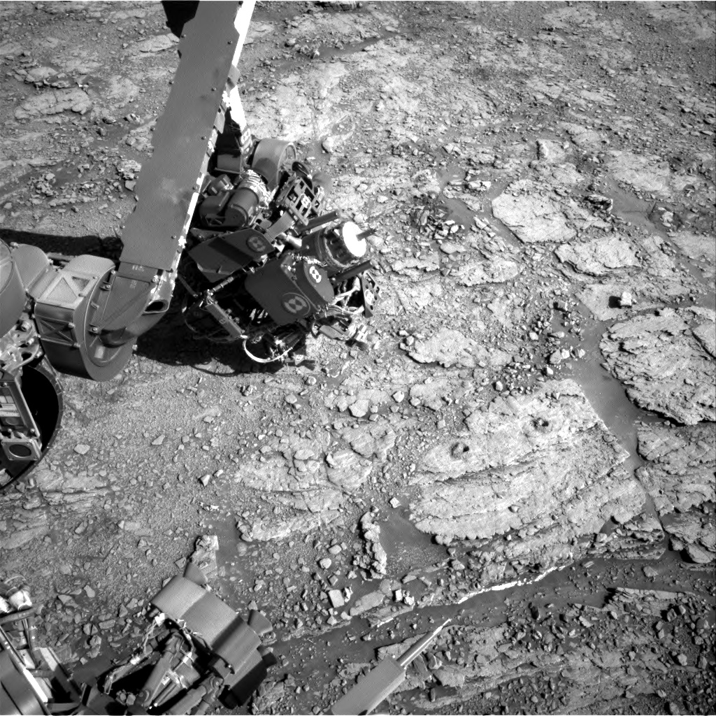 Nasa's Mars rover Curiosity acquired this image using its Right Navigation Camera on Sol 2550, at drive 3002, site number 76