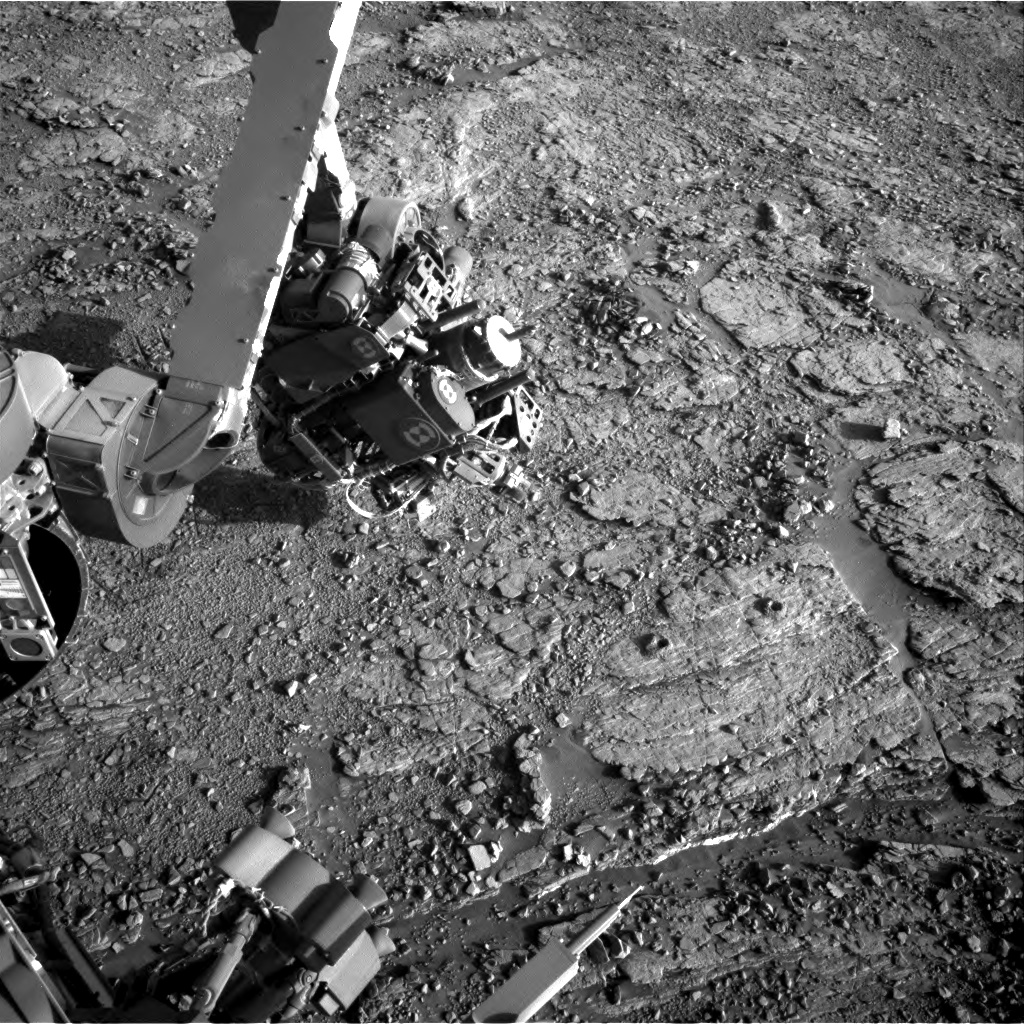 Nasa's Mars rover Curiosity acquired this image using its Right Navigation Camera on Sol 2551, at drive 3002, site number 76