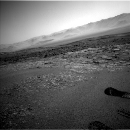 Nasa's Mars rover Curiosity acquired this image using its Left Navigation Camera on Sol 2559, at drive 130, site number 77
