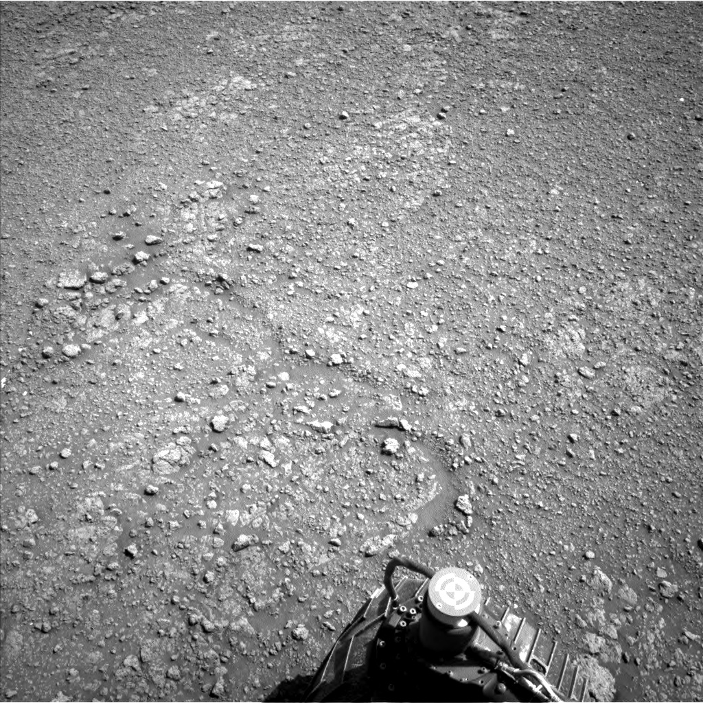 Nasa's Mars rover Curiosity acquired this image using its Left Navigation Camera on Sol 2559, at drive 292, site number 77