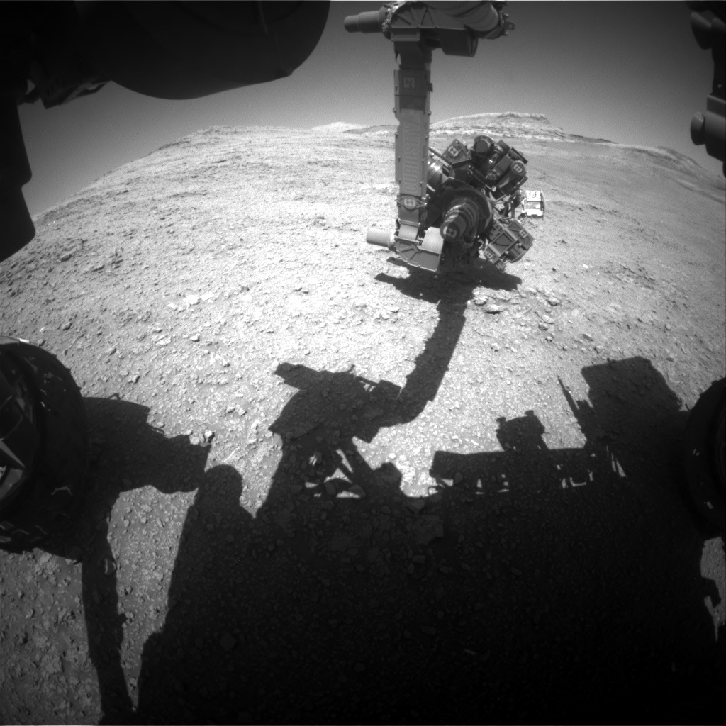 Nasa's Mars rover Curiosity acquired this image using its Front Hazard Avoidance Camera (Front Hazcam) on Sol 2563, at drive 292, site number 77