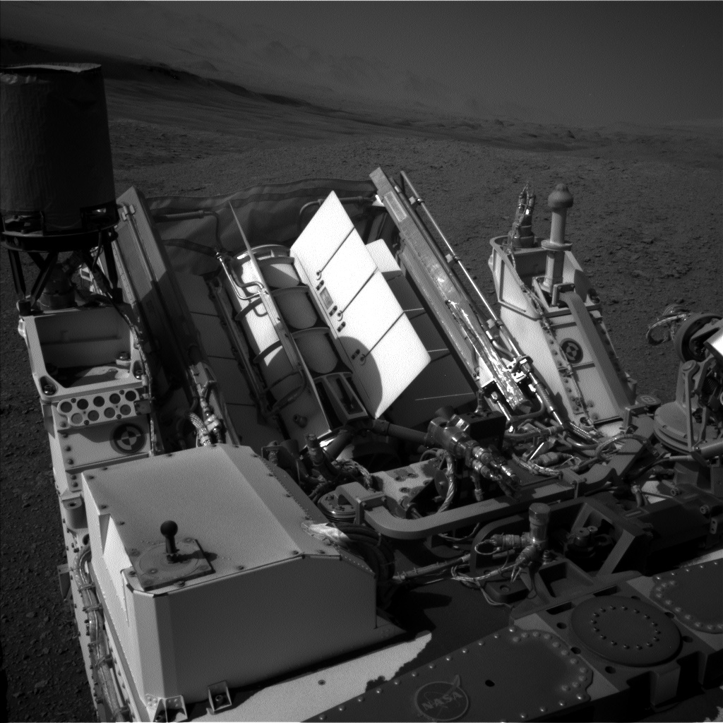 Nasa's Mars rover Curiosity acquired this image using its Left Navigation Camera on Sol 2563, at drive 328, site number 77