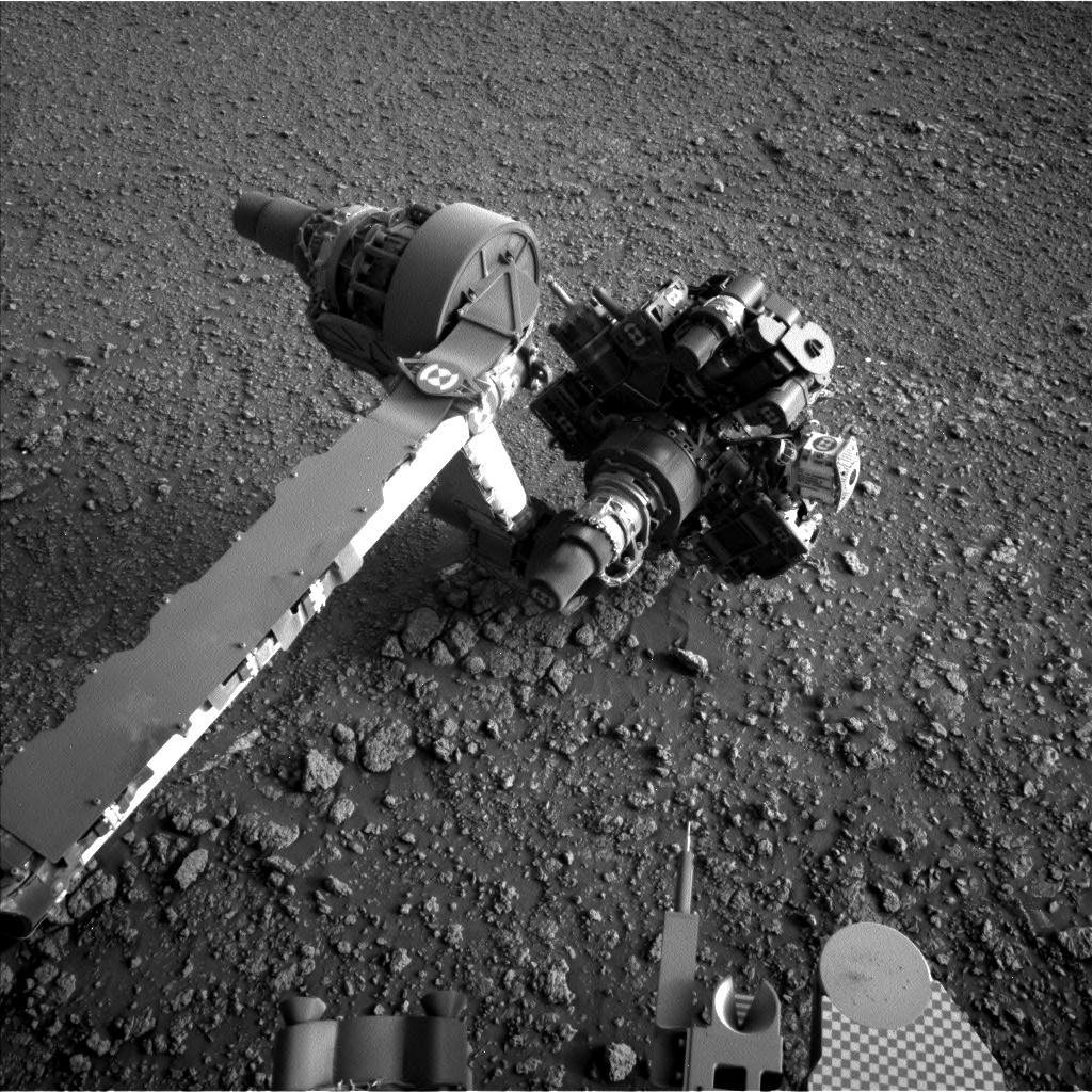 Nasa's Mars rover Curiosity acquired this image using its Left Navigation Camera on Sol 2564, at drive 328, site number 77