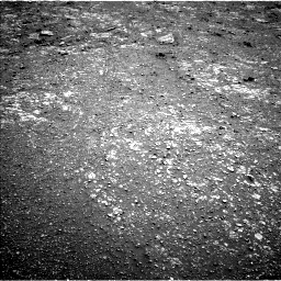 Nasa's Mars rover Curiosity acquired this image using its Left Navigation Camera on Sol 2565, at drive 370, site number 77