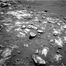 Nasa's Mars rover Curiosity acquired this image using its Left Navigation Camera on Sol 2575, at drive 1154, site number 77