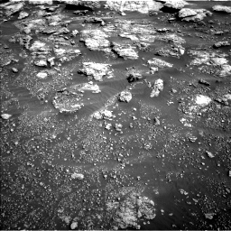 Nasa's Mars rover Curiosity acquired this image using its Left Navigation Camera on Sol 2575, at drive 1304, site number 77