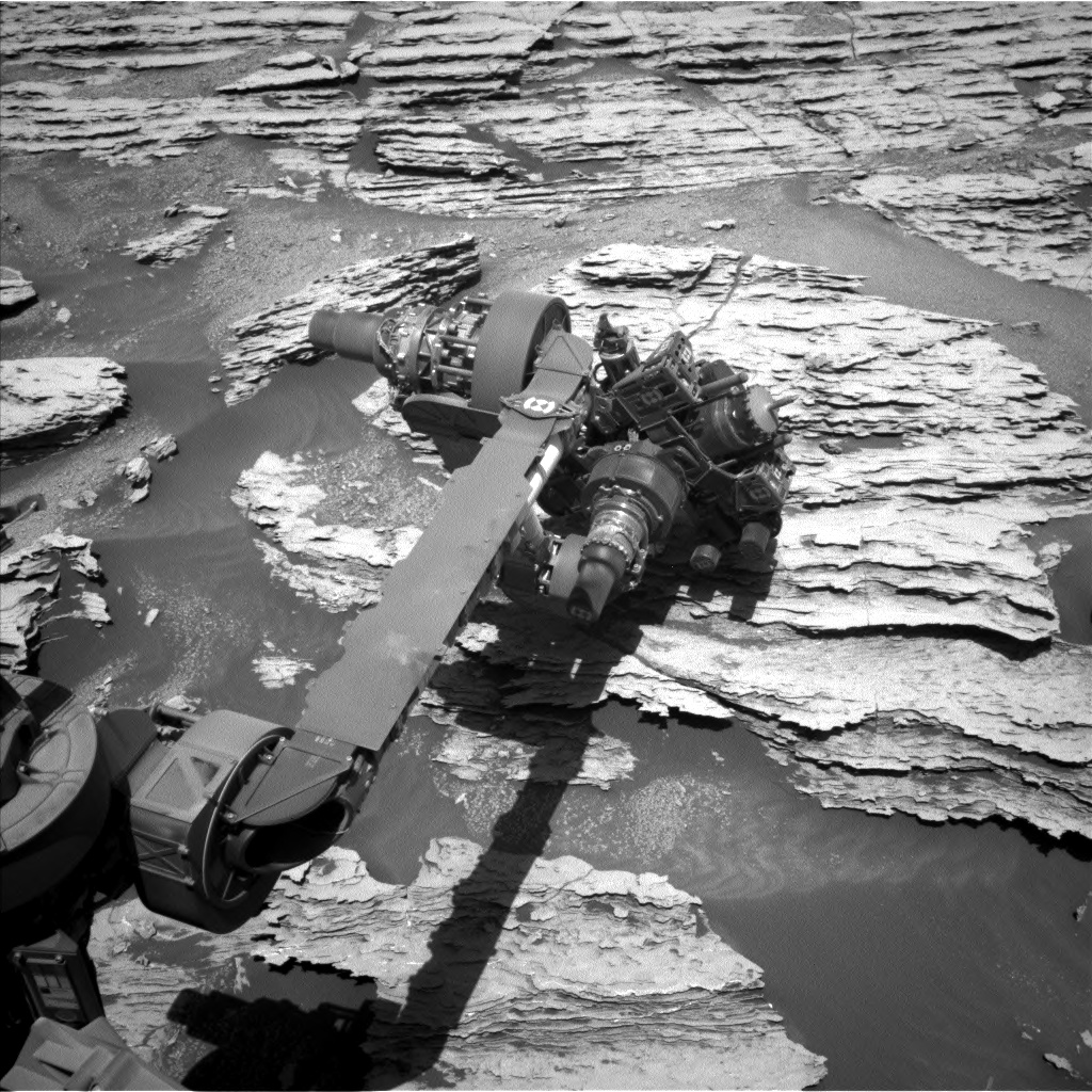Nasa's Mars rover Curiosity acquired this image using its Left Navigation Camera on Sol 2579, at drive 1560, site number 77