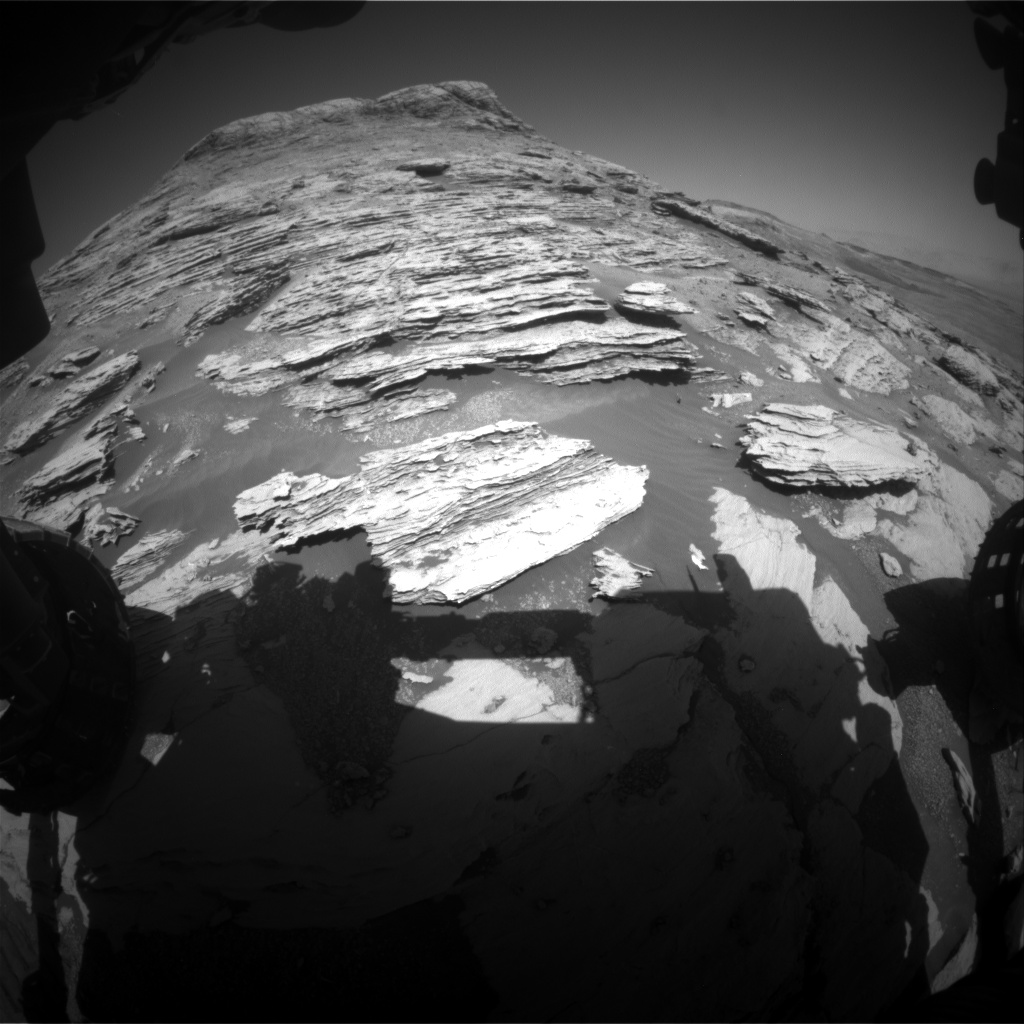 Nasa's Mars rover Curiosity acquired this image using its Front Hazard Avoidance Camera (Front Hazcam) on Sol 2580, at drive 1560, site number 77