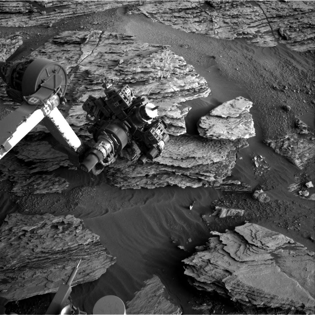 Nasa's Mars rover Curiosity acquired this image using its Right Navigation Camera on Sol 2581, at drive 1560, site number 77