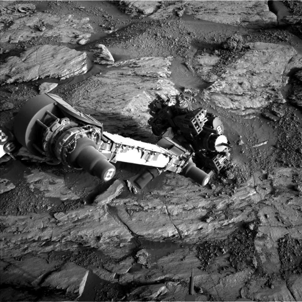 Nasa's Mars rover Curiosity acquired this image using its Left Navigation Camera on Sol 2583, at drive 1626, site number 77