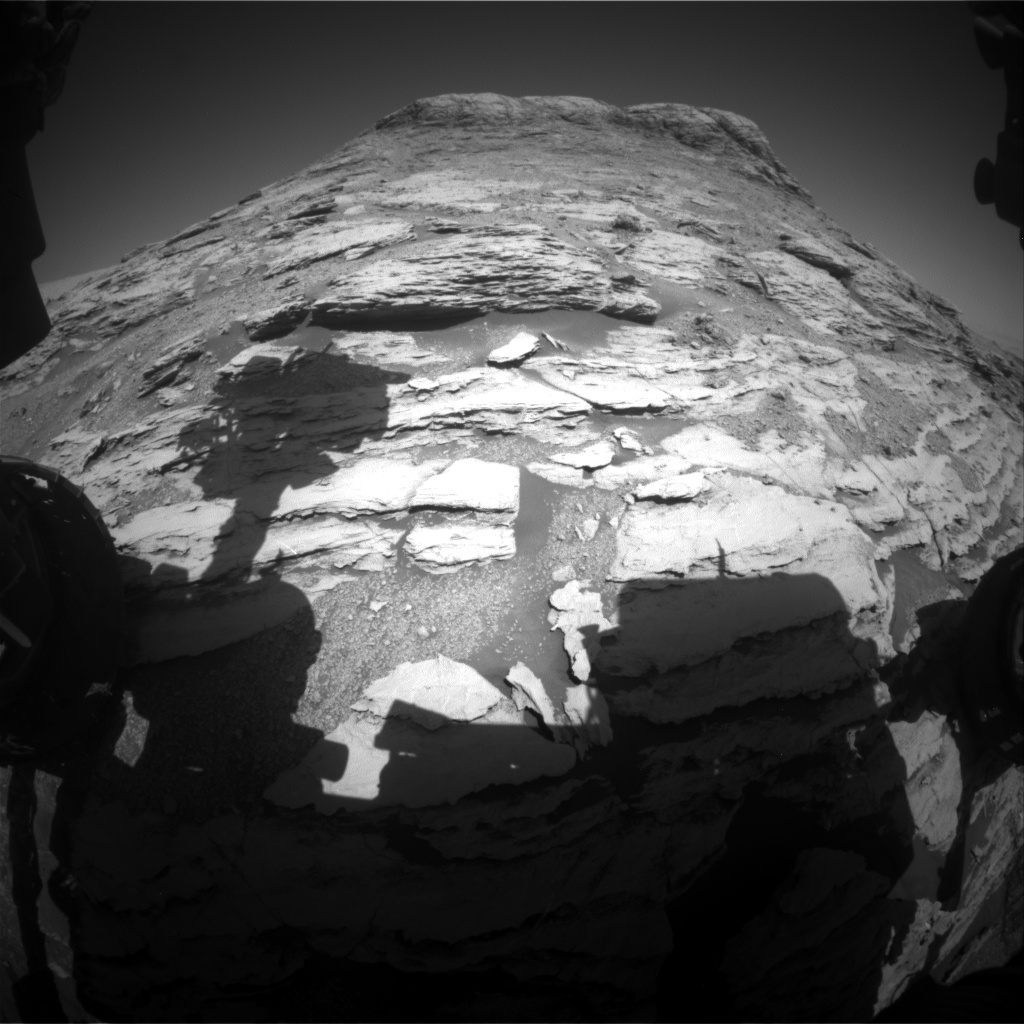 Sols 2585-2586: What a Butte!