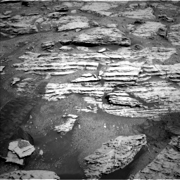 Nasa's Mars rover Curiosity acquired this image using its Left Navigation Camera on Sol 2586, at drive 1644, site number 77